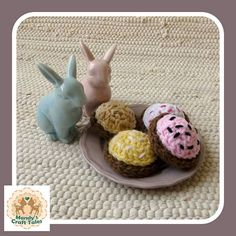 These crochet cookies are the perfect pretend play item for your little girl. Perfect for a kids gift. Crochet Cupcake, Crochet Food, Kids Play Food, Fake Cupcakes, Marshmallow Cookies, Party Needs, Pretend Play, Kids Playing, Gifts For Kids