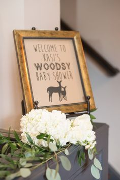 For any mommy-to-be who loves the outdoors, we have such a fun and beautifully executed woodland baby shower for you to see. Complete with animal friends, tasty