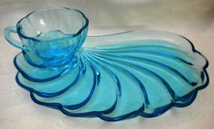 Hazel Atlas Capri Blue Shell Swirl Snack Set