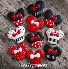 Fancy Cookies, Xmas Cookies, Cute Cookies, Birthday Cookies, Valentine Cookies, Birthday Cake, Minnie Mouse Cookies, Disney Cookies, Minnie Mouse Theme