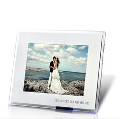 12 Inch Digital Photo Frame and Media Player with Remote Control