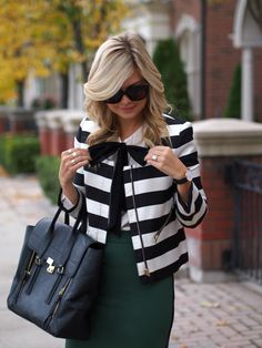 Suburban Faux-Pas: Stripes and Bows Classy Outfits, Fall Outfits, Cute Outfits, Modest Fashion, Fashion Outfits, Look Office, Over 50 Womens Fashion, Striped Blazer, Professional Outfits