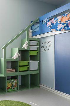 Asuntomessut 2015: Lastenhuoneessa #liitutalu #magneettiseinä. Kalusteet maalattu Helmi-kalustemaalilla ja seinässä kaunis #Duett -maali #asuntomessut #asuntomessut2015 #tikkurila