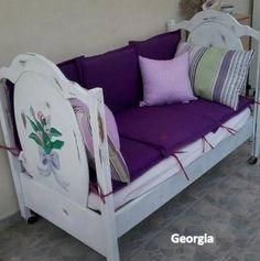Outdoor Sofa, Outdoor Furniture, Outdoor Decor, Exterior Design, Pallet, Toddler Bed, Furnitures, Decorations, Knitting