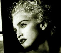 Madonna Looks, Madonna Vogue, Best Female Artists, Samhain Halloween, Black And White Pictures, Material Girls, Celebrity Photos, Business Women, My Girl