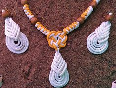 Bright White and Sunny Yellow Paracord Jewelry... Free tutorial!!