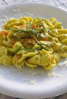 Orecchiette allo zafferano e verdure