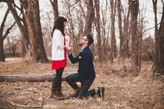 Find hundreds of real marriage proposal ideas, stories, photos and videos. Get the best wedding proposal ideas here! Best Wedding Proposals, Best Marriage Proposals, Wedding Pics, Unique Engagement Photos, Engagement Stories, Surprise Engagement, Announcing Engagement, Surprise Proposal, Proposal Pictures