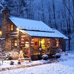 Cozy cabin, warm and toasty. My Dream Home. I can see the fire glowing, smell the fresh pine and Christmas cookies in the oven. Forest Cabin, Log Cabin Homes, Log Cabins, Rustic Cabins, Rustic Homes, Cozy Cabin, Winter Cabin, Snow Cabin, Cozy Winter