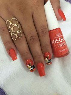 39 fotos de unhas decoradas com flores Flower Nail Designs, Toe Nail Designs, Daisy Nails, Flower Nails, Orange Nails, Red Nails, Bella Nails, Nails Only, Simple Nails