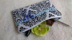 KajDom / Čierno-biela taštička Sunglasses Case, Coin Purse, Zip, Purses, Wallet, Handmade, Handbags, Hand Made, Purse