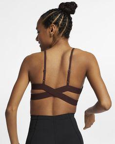 Brassière de yoga à maintien léger côtelée Nike Indy pour Femme Nike, Yoga, Ribbed Fabric, Color Show, Backless, Feminine, V Neck, Sports, Swimwear