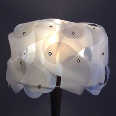 Upcyled lamp MILKTURBAN out of plastic milk containers. www.upcycledzine.com Woonbeurs 2014