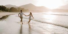Pre Wedding Praia, Beach Photos, Social Platform, Photo Sessions, Maine, Couple Photos, Couples, Wedding Beach, Inspiration