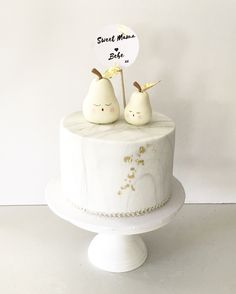 Our very own design Super cute Sweet Mama & Bebe Pear Cake www.tammyiacomellacakedesign.com