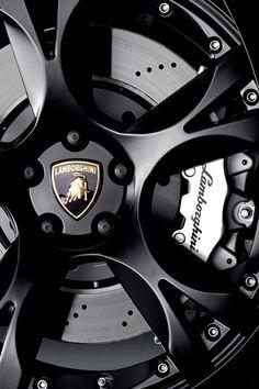 Lamborghini rim