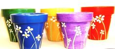 stencil or free-hand Painted Clay Pots, Painted Flower Pots, Clay Pot Crafts, Crafts To Do, Clay Pot People, Terracotta Flower Pots, Pot Jardin, Rock And Pebbles, Creative Arts And Crafts