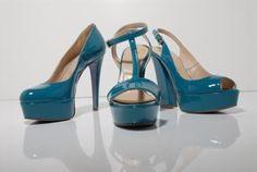 Dee Keller Designs. uplift your sole!