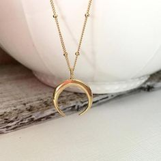 e9671034c0 Statement Gold Horn Necklace, maxi Long Crescent Moon Necklace,Double Horn  Necklaceintothea. Collana LunaPendente Di ...