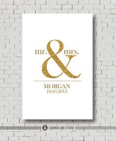 Unique Guest Book Print - Custom Guest Book Alternative Wedding Wedding Keepsake Bridal Guestbook - Faux Gold and Sparkle Wedding Poster von MarshmallowInkLLC auf Etsy https://www.etsy.com/de/listing/174671738/unique-guest-book-print-custom-guest