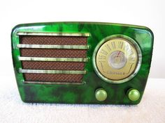 Vintage 1940s Crosley Mid Century Jetsons Bakelite Radio Quality Restoration