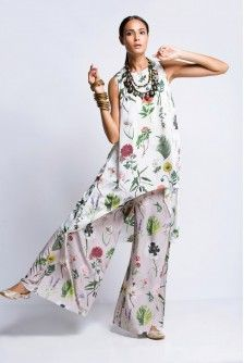 Payal Singhal Indian Wear Collection : : Ivory Printed Raised Hem Tunic And Lilac Palazzo Set : Ivory Bageecha Print Crepe Raised Hem Tunic And Lilac Bageecha Print Semi Crepe Pallazos Indian Party Wear, Indian Wear, Saree Dress, Sari, Signature Look, Indian Outfits, Lilac, Menswear, Tunic