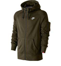 Şık Nike hoodie lerle kışın da tarzınızı yaşatın! http   www. 66799af865c53