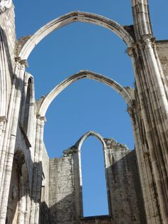 The Convento da Ordem do Carmo or Carmo Convent is a medieval convent that was ruined in the 1755 Lisbon earthquake. This is a must see during your stay. Arches, Lisbon, Medieval, Gothic, Outdoor Structures, Mirror, Goth, Mirrors, Bows