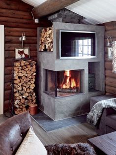 Hytta i Trysil er ikke til å kjenne igjen Rustic Fireplaces, House Design, Home, Modern Rustic, Home Deco, Ranch Decor, Fireplace, Mountain Decor, Rustic House