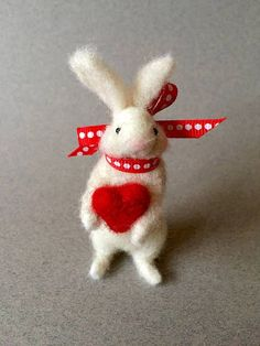 Needle felted white Valentine bunny rabbit holding a red #feltanimalsdiy