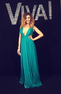 Gorgeous singer Alina Eremia was a ravishing appearance at Viva party, wearing an irresistible evening gown, with breathtaking V neckline and stunning open back! Green Evening Dress, Evening Dresses, Prom Dresses, Formal Dresses, Pageant Gowns, Party Gowns, High Fashion, Luxury Fashion, Luxury Dress