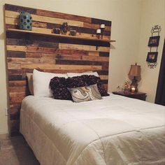 Recycled Pallet Headboard with Shelves. Diy Wooden Headboard With Lights Diy Storage Headboard, Diy Headboard With Lights, Headboard With Shelves, Wood Headboard, Headboards For Beds, Headboard Ideas, Pallet Headboards, Bookcase Headboard, Queen Headboard