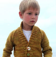 Ravelry: Harvest pattern by Raya Budrevich || @Monica Reese: your little boys would look so cute in this!