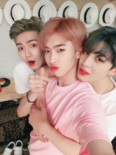 UP10TION Jinhoo, Gyujin & Xiao
