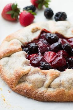I've said it before, but it's true. I always have a pie crust or two sitting idle in my freezer for such an impromptu idea as whipping together a quick simple pie or tart. Cruisi…
