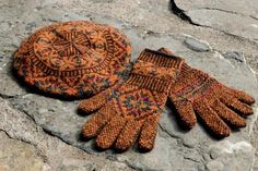 Ravelry: Muckleberry Gloves and Hat pattern by Mary Jane Mucklestone