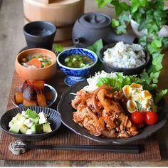 ひろσ(´~`*)さん(@hiro71111) • Instagram写真と動画 Asian Recipes, Healthy Recipes, Ethnic Recipes, Yummy Food, Tasty, Korean Food, Food Menu, Food Plating, Japanese Food