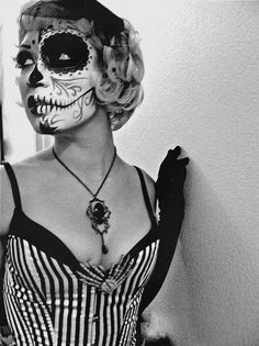 If I ever go to a dress up party this will be my outfit. Hot! ! !