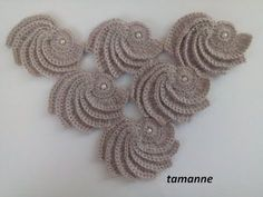 This Pin was discovered by Gül Crochet Patterns Tutorial Recently I have come across a lot and today I have a beautiful Video … Today I show you some features how to crochet a scrolls for irish crochet top. You can apply these scrolls at Irish crochet Crochet Flower Tutorial, Crochet Flower Patterns, Crochet Stitches Patterns, Crochet Designs, Crochet Flowers, Knitting Patterns, Crochet Cord, Crochet Diy, Crochet Motifs