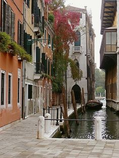 Venice,Italy by Gudrun Heike