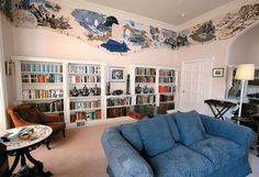 Celebrity Home Libraries -- The library of the Georgian villa in Devon, England where mystery writer Agatha Christie spent her summers. (Photo: Mark Passmore) Christie bought the house in 1938 and spent holidays there until Agatha Christie House, Beautiful Library, Miss Marple, Home Libraries, Celebrity Houses, Book Nooks, Reading Nooks, Decoration, Bookshelves
