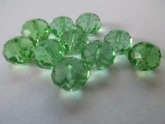 10 perline sfaccettate verdi, by La vetrina di Francesca, 1,50 € su misshobby.com