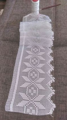 This Pin was discovered by Müz Crochet Bedspread Pattern, Crochet Edging Patterns, Crochet Curtains, Crochet Diagram, Filet Crochet, Crochet Doilies, Crochet Lace, Crochet Stitches, Crochet Hooks