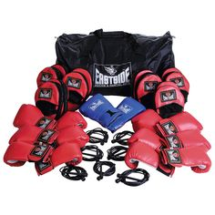 EASTSIDE BOX FIT SET is ideal for circuits and personal training sessions. It contains boxing gloves, hook and jab pads, skipping ropes and comes in a huge handy kit bag. Boxing Training Gloves, Boxing Gym, Boxing Workout, Boxing Gloves, Skipping Rope, Circuit Training, Martial, Circuits, Ropes