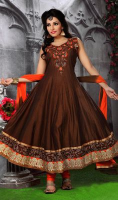 Saddle Brown Chanderi Flared Anarkali Suit  Appear stunningly engaging in such a saddle brown chanderi flared Anarkali suit. Beautified with resham and stones work all synchronized well with all the pattern and style of the dress. #GorgeousIndianChudidarSuits #LongChuridarAnarkaliIndian
