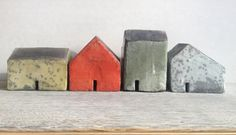 Resultados de la Búsqueda de imágenes de Google de http://galleryfiftyfive.co.uk/content/uploads/2012/10/Coloured-Houses-Slide1.jpg
