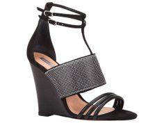 Chaussures disponible sur le site : http://schutz.myshopify.com/