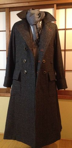 Sherlock Coat- DIY... for someone who has way too much time. Someone please make this for me right now and I will probably love you forever. K thanks.