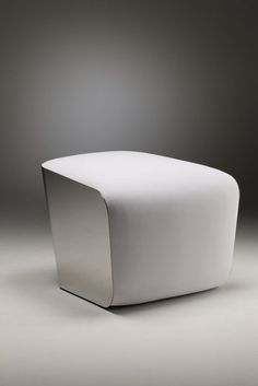 Mozzarella chair by Tatsuo Yamamoto and Jun Hashimoto. Minimalist modern chair. Have you ever felt sitting on top of mozzarella cheese? Now you can with this unique furniture. Inspired by a semi-soft cheese, Japanese designers Tatsuo Yamamoto and Jun Hashimoto designed a unique chair for Books.