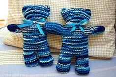Free Knitting pattern.  Easy Teddy Bear knitting pattern from Bev's Country Cottage web site
